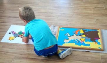 praca z materiałem Montessori